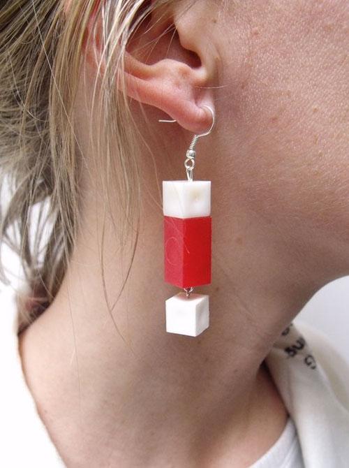 orecchino con regoli